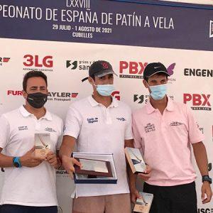 Oriol Mahiques del Club Nàutic de Sitges campió d'Espanya de Patí a Vela sènior.